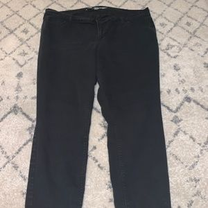 Old Navy Super Skinny Mid-Rise Black Jeans Size 18